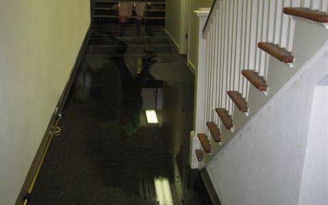 What to Do/Not to Do When it Comes to Water Damage